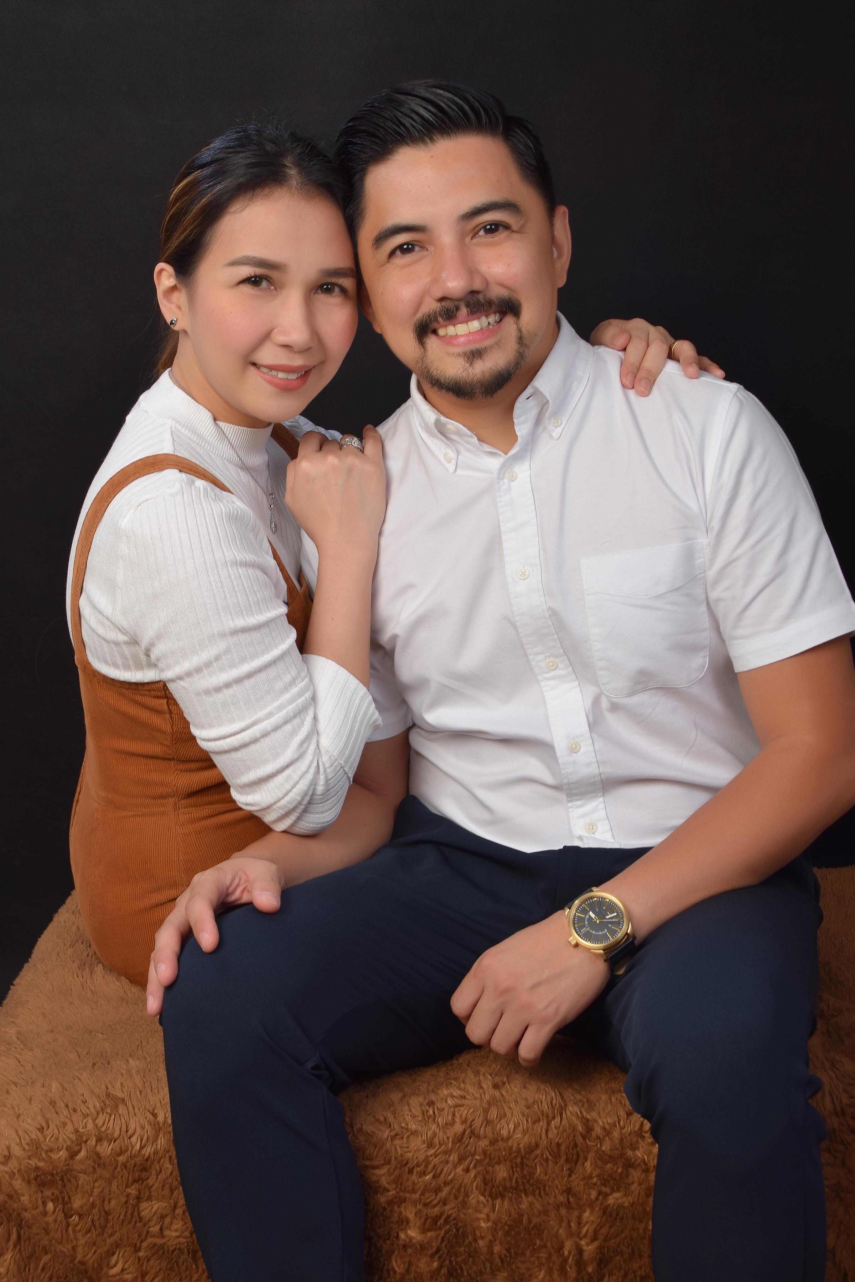 Erick Totanes with Wife | www.familywiseasia.com