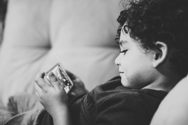 Pulling Your Child Out of Internet Addiction | www.familywiseasia.com
